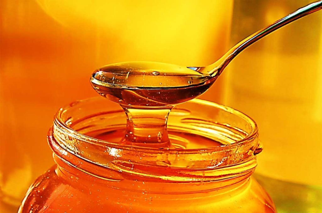 Какие полезные вещества содержатся в меде