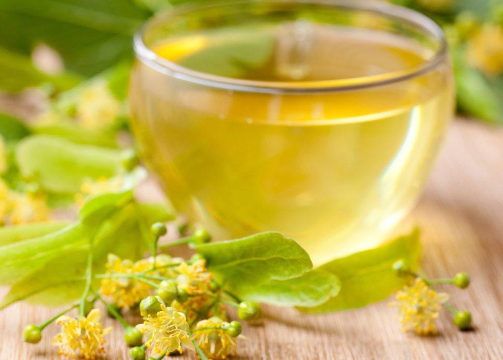 Полезные и лечебные свойства липового меда для женщин и мужчин, противопоказания, описание и характеристика
